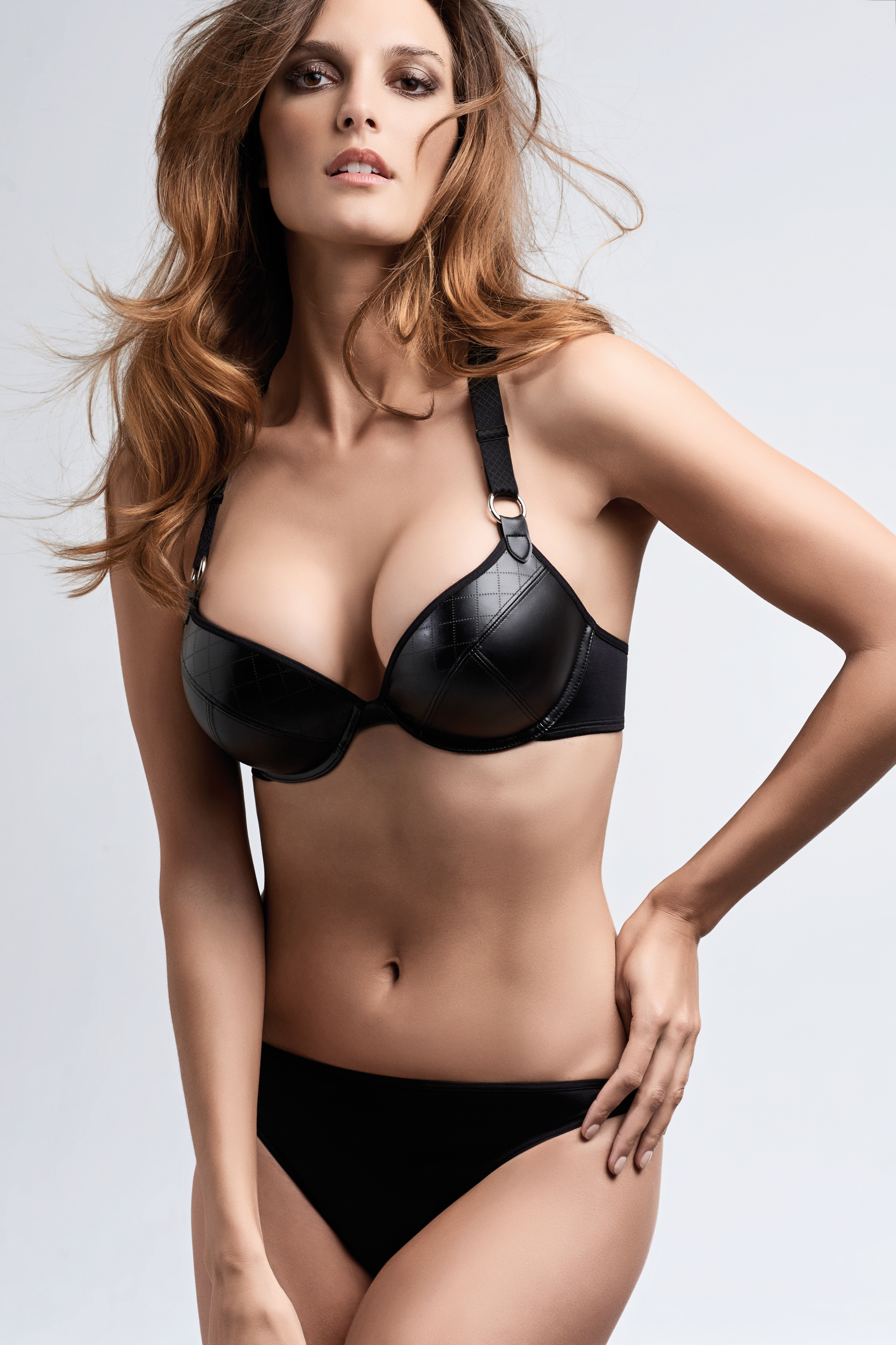 Femme Fatale Super Push-Up Bra - Black